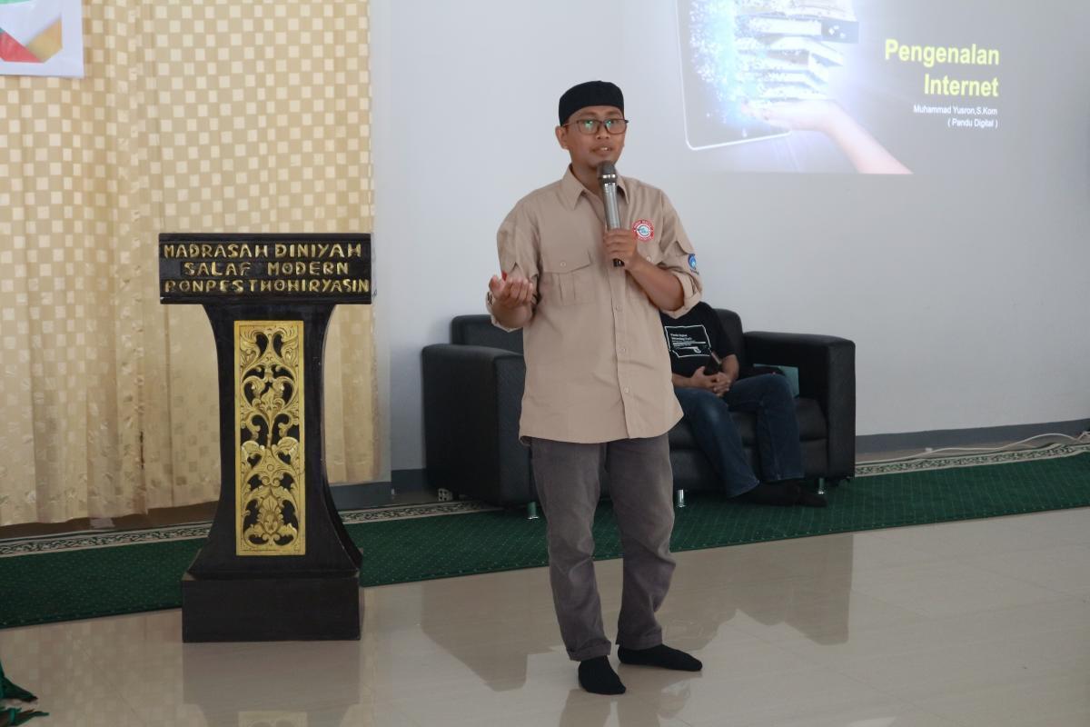 Pendampingan Pandu Digital di Pondok Pesantren Lombok Timur