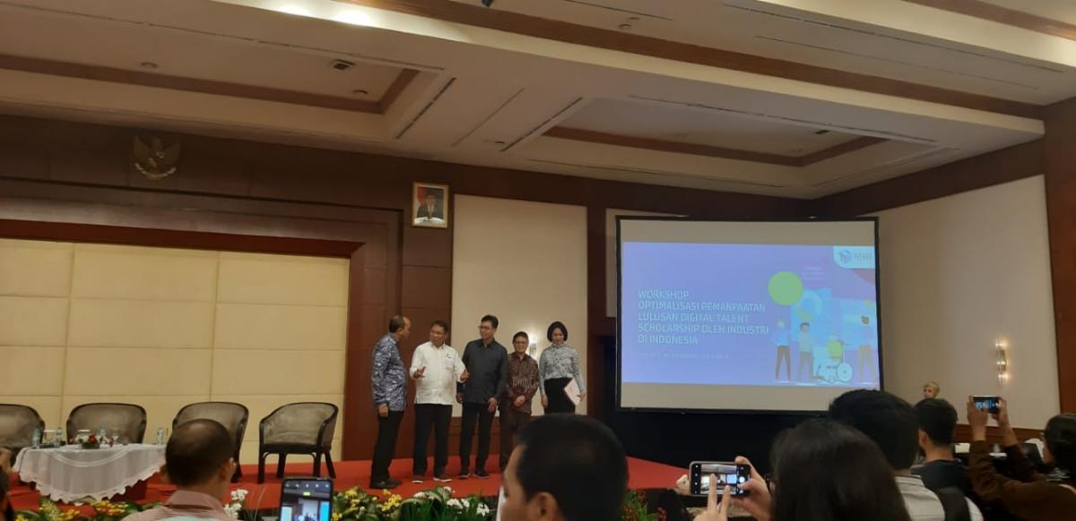 Menteri Kominfo Rudiantara (kedua dari kiri) saat Workshop Optimalisasi Pemanfaatan Lulusan Digital Talent Scholarship oleh Industri di Indonesia