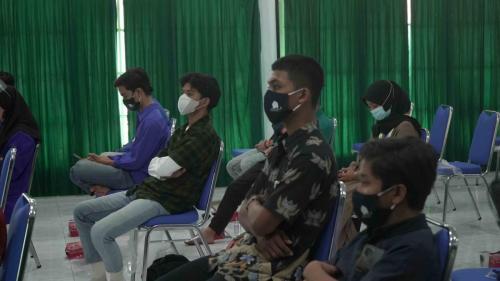Peserta Pemberdayaan Pandu Digital saat Menyimak Materi Narasumber di Kota Mataram, NTB.