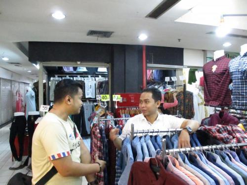Imam Penjual Baju DTC