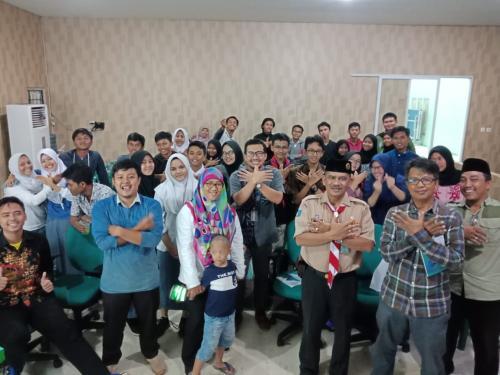 Keseruan acara  Ngabubur IT Jembatan Damai di Smart Village Tangerang Selatan