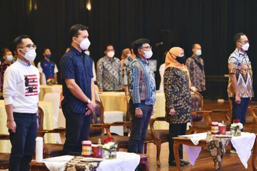 Grand Launching Empat Pilar Kurikulum dan Modul Literasi Digital di Surabaya