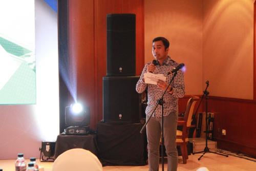MC acara  Sarasehan Nasional Penanganan Konten Asusila di Dunia Maya