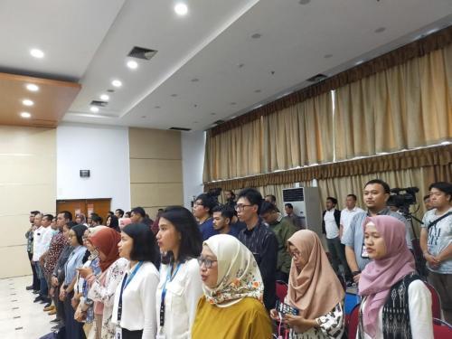 Para peserta acara FMB 9 dengan tema Ada Apa dengan PP 71 Tahun 2019 (PP PSTE)