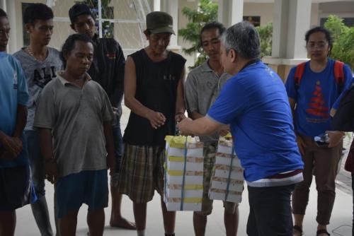 Komunitas Kompaq Kominfo Memberikan Bantuan Kepada Terdampak Banjir