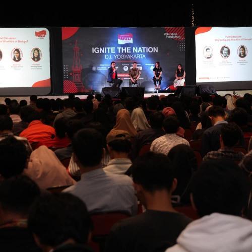 Sesi Diskusi Panel Ignite The Nation Yogyakarta