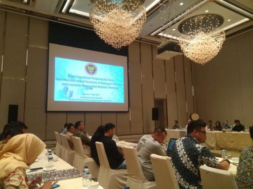 Rapat Koordinasi ini turut dihadiri beberapa perwakilan platform media sosial seperti facebook dan google, serta beberapa komunitas seperti APJII dan Mafindo