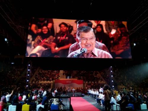 Wakil Presiden Jusuf Kalla saat memberikan inspirasi pada peserta Ignite The Nations 1000 Startup Digital
