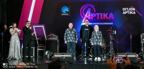 Peresmian seragam batik Ditjen Aptika.